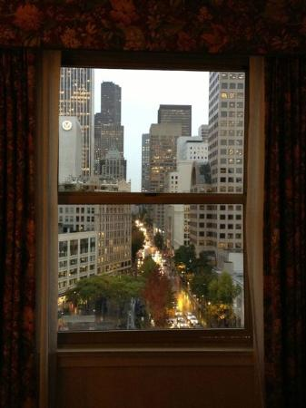 Mayflower Park Hotel: View from 1020 framed by window