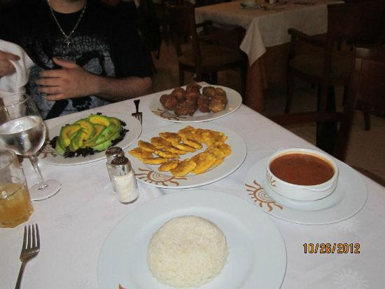 Grand Bahia Principe La Romana: Our Dominican lunch