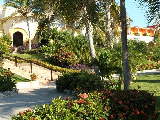 Ocean Maya Royale: Jardin