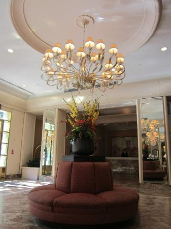 The Franklin Hotel at Independence Park: lobby