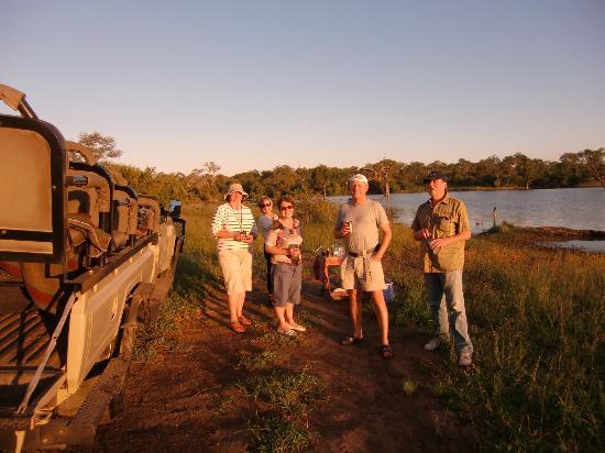 Nkorho Bush Lodge: Stop bei der Morgenfahrt