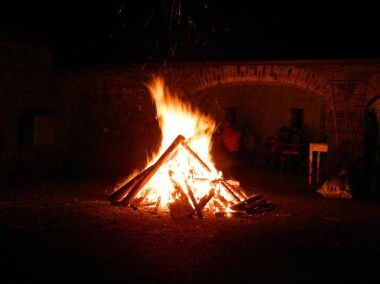 Nore Valley Park: Halloween Bonfire
