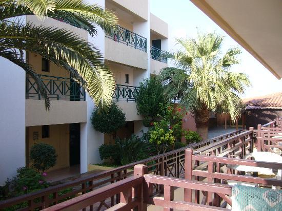 Despo Hotel: Vue du balcon de la chambre 208 