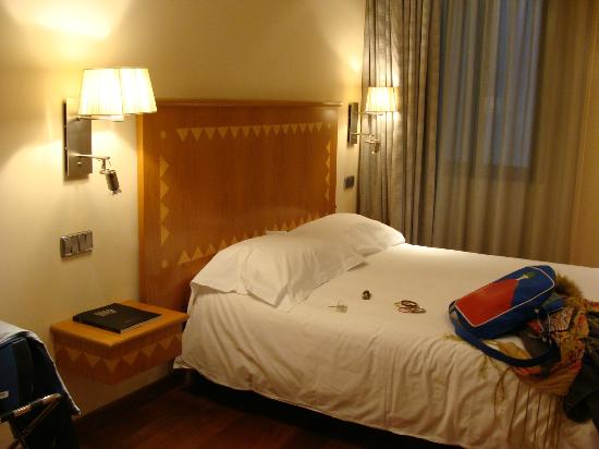 Hotel SERHS Rivoli Rambla: Room