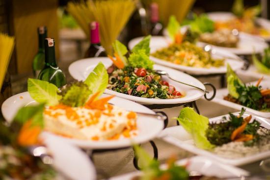 Royal Dragon Hotel: Food selection 