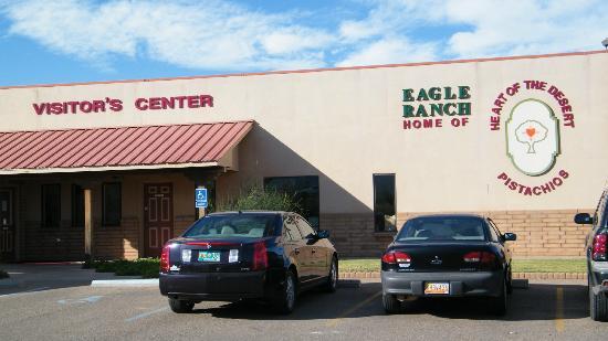 Heart of the Desert/Eagle Ranch Pistachios Farm Tour: store front