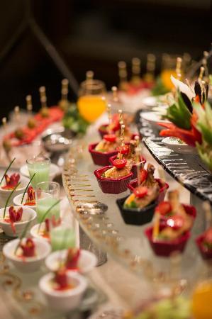 Royal Dragon Otel: Dinner