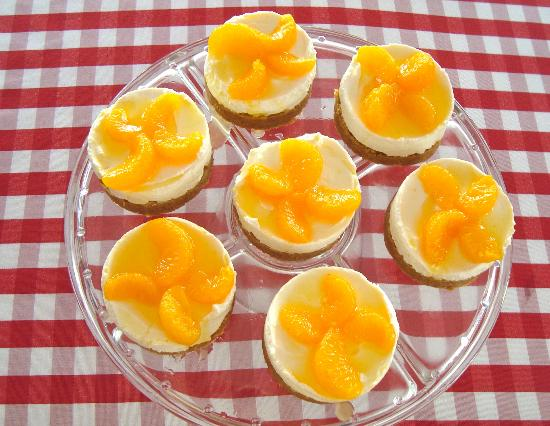 Tiffilly's Restaurant: Homemade Mouthwatering Mandarin Orange Cheesecakes