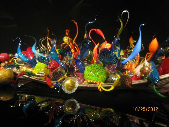 Glass flower garden picture of chihuly garden and glass - Chihuly garden and glass discount tickets ...