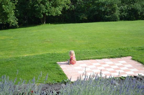 La Bastide des Tremieres: Chess anyone???