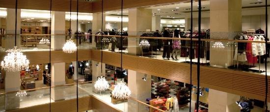 مركز تسوم للتسوق