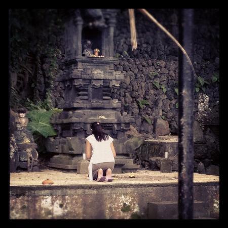 Pondok Batur Indah: Temple