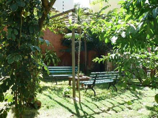 jardim aconchegante  Foto de Pousada Pomar da Pipa, Praia da Pipa