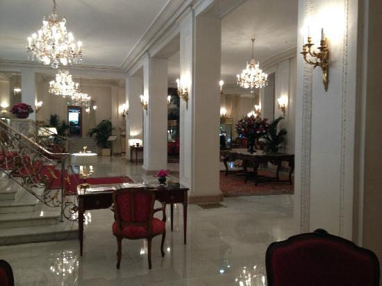 Le Bristol Paris: Lobby