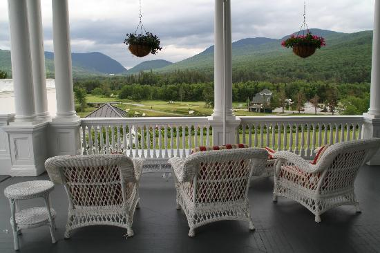 Omni Mount Washington Resort: Veranda with a fantastic view