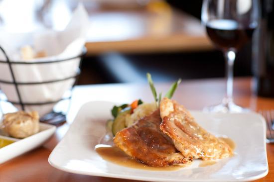 Lombardi's Italian Restaurant : Chicken Saltimboca