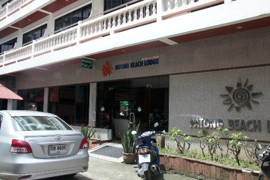 Inn Patong Beach Hotel Phuket: Front View