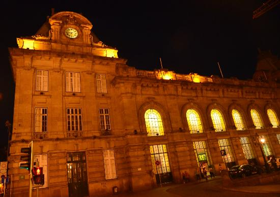 Rail Station Sao Bento