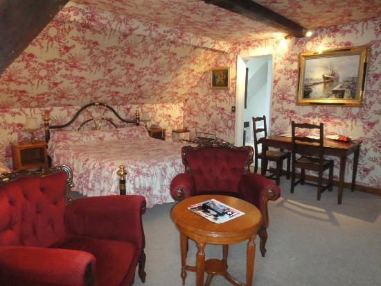 أوتيل لإكرين: uma das suites 