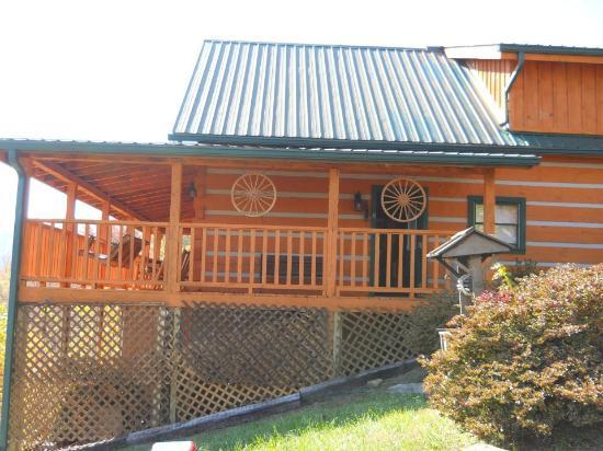 Smoky Mountain Lodging: Cabin Fever