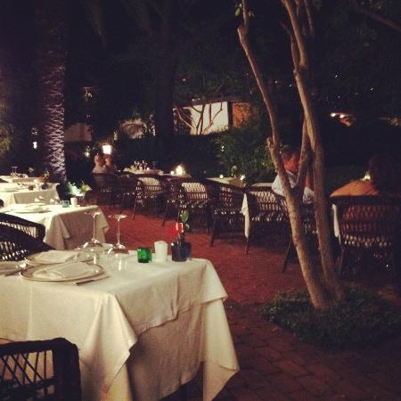 Quinta da Casa Branca: Dining in the candlelight