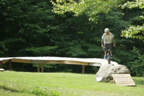 Grafton Trails & Outdoor Center: Bike pump park at Grafton Ponds Outdoor Center