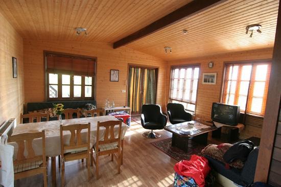 Guesthouse Saga: Cabin interior