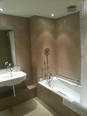 Milsoms Kesgrave Hall : Room 15's bath