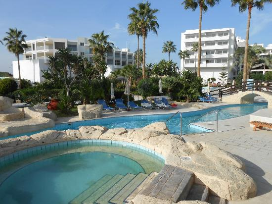 Adams Beach Hotel: around the lazy river
