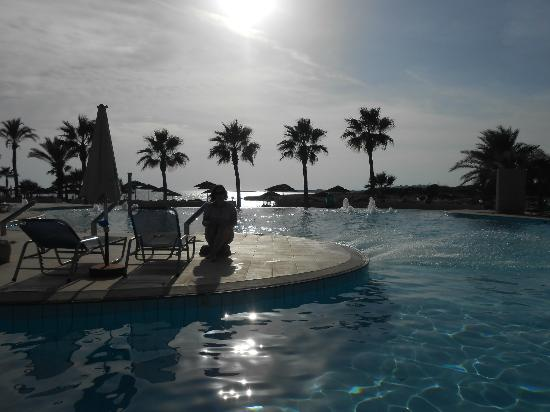Adams Beach Hotel: dont want to go home 