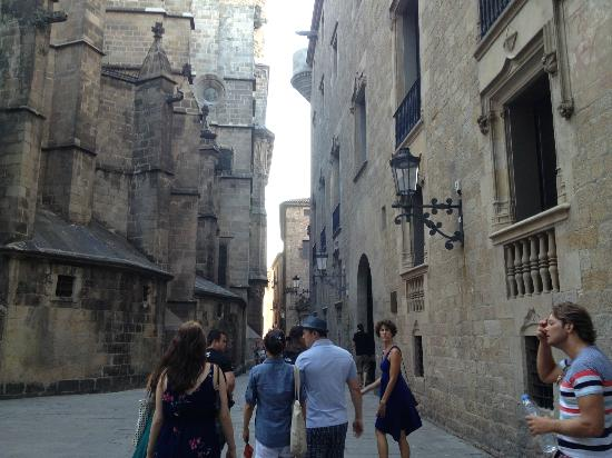 The Barcelona Taste: Walking around the gothic quarter