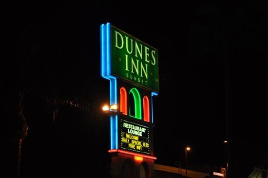 Dunes Inn - Sunset: enseigne lumineuse