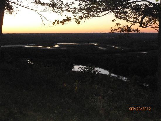 Wyalusing State Park: Sunset - Wisconsin Ridge Campground