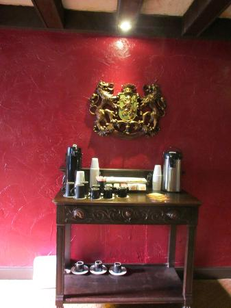 The Old English Inn: Coffee service outside our door