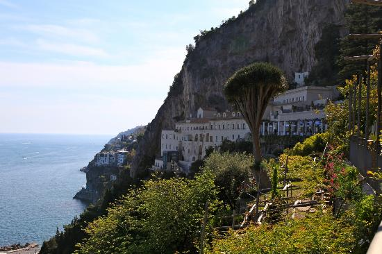 View of hotel foto nh collection grand hotel convento di for Convento di amalfi