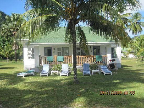 Chalets d'Anse Forbans: vista chalet dalla spiaggia