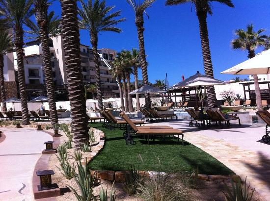 Grand Solmar Land's End Resort & Spa: View of another one of the pools and bar area