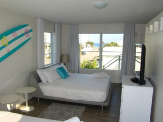 Sneek Peek at 2 Bedroom Suite - The Aqua Hotel