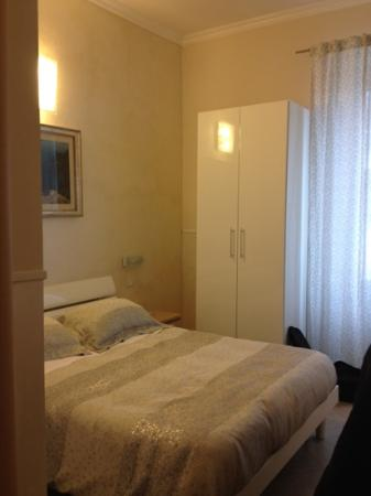 Agli Horti Sallustiani - bed & breakfast: our room