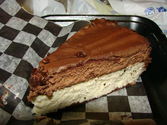 Route 58 Delicatessen: Chocolate truffle cheesecake