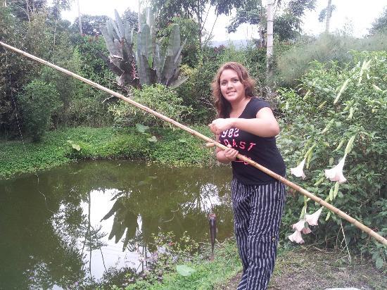 Hosteria La Roulotte: Fishing tilapias