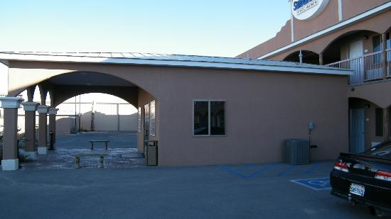Suburban Extended Stay Alamogordo: check in point