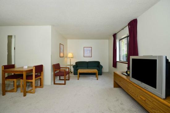 Rodeway Inn: Suite