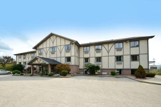 Americas Best Value Inn- Whitehall: Welcome to Americas Best Value Inn Whitehall
