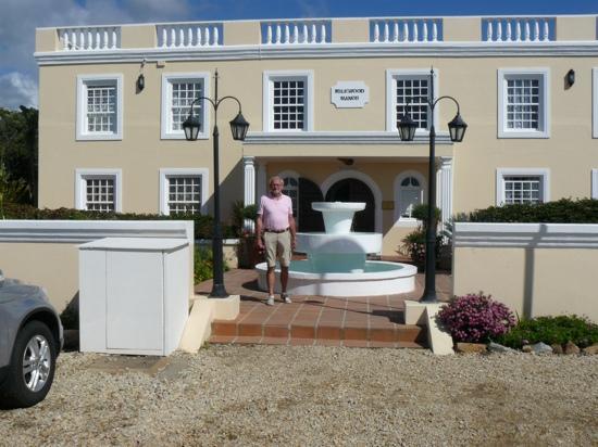 Milkwood Manor on Sea: de ingang van Milkwood Manor