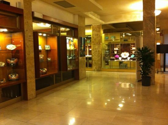Grand Hotel Mediterraneo: all
