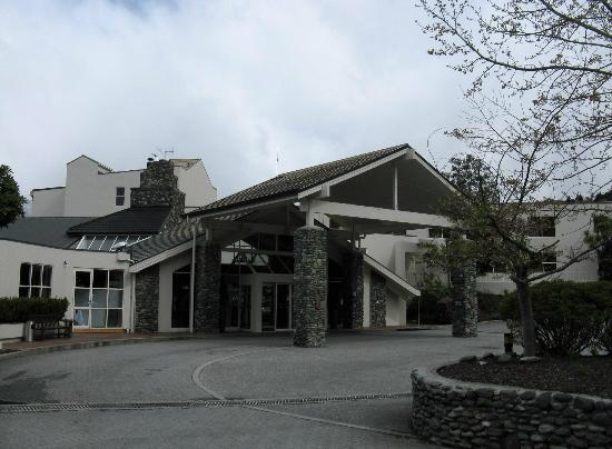 Mercure Resort Queenstown: Hotel entrance
