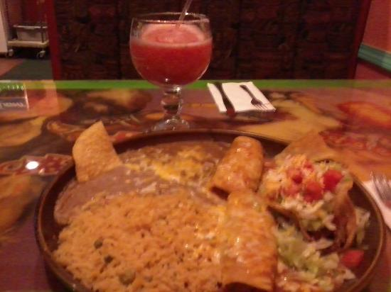 Fiesta Mexicana Family Restaurant: Wonderful food very tasty and lots of it!