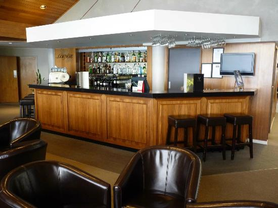Mercure Resort Queenstown: Hotel Bar