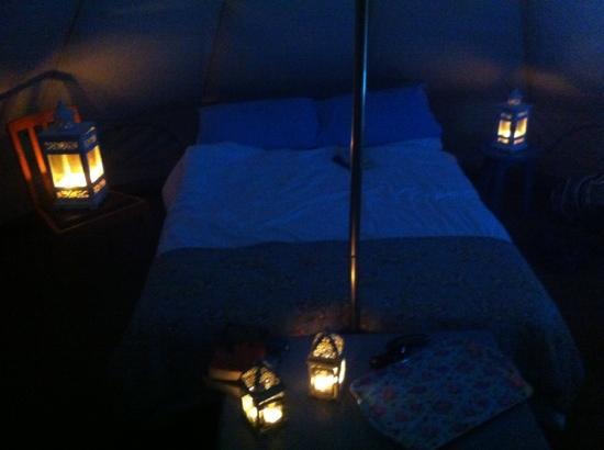 Killarney Glamping at Grove: candlelit